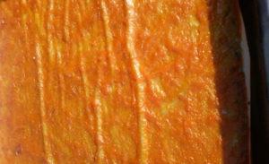 слой из абрикосового пюре